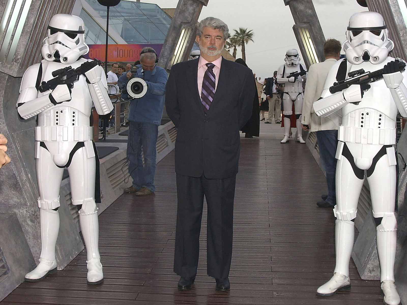 GEORGE LUCAS RECANTS: PREQUEL NEGATIVES TO BE DESTROYED