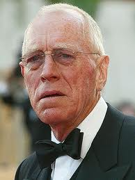 MAX VON SYDOW ZUMBA WORK OUT A SURPRISE HIT