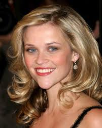 REESE WITHERSPOON EATS A LION IN PETA PROTEST