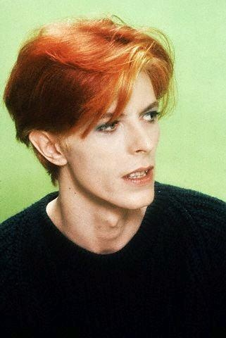 FIRST LOOK AT JESSICA CHASTAIN AS DAVID BOWIE IN STARMAN
