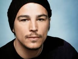 JOSH HARTNETT TO RETURN FROM THE MOON NEXT YEAR