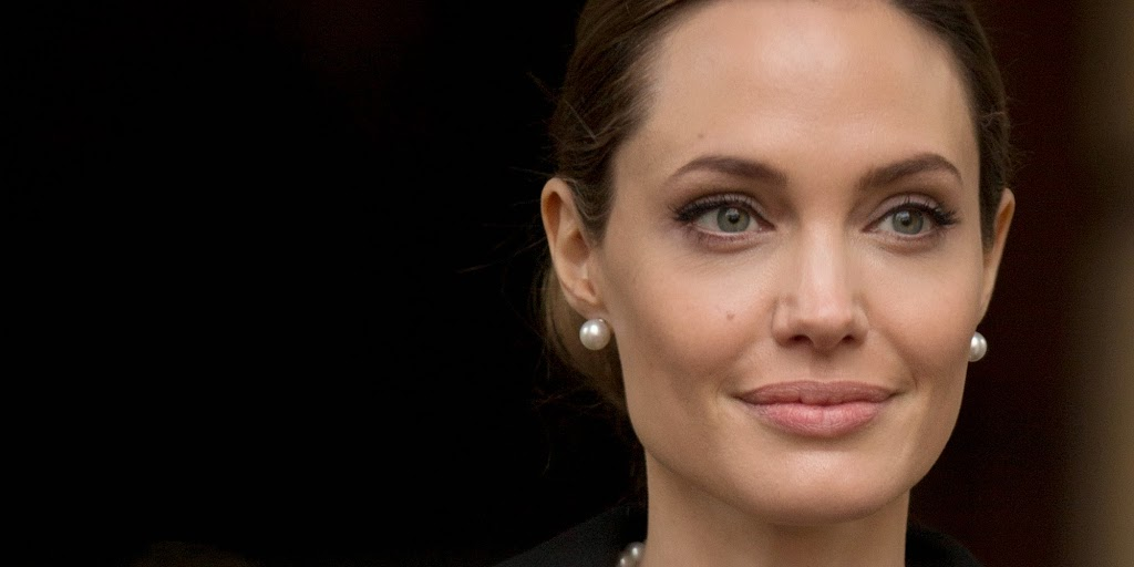 5 FACTS YOU NEVER KNEW ABOUT ANGELINA JOLIE