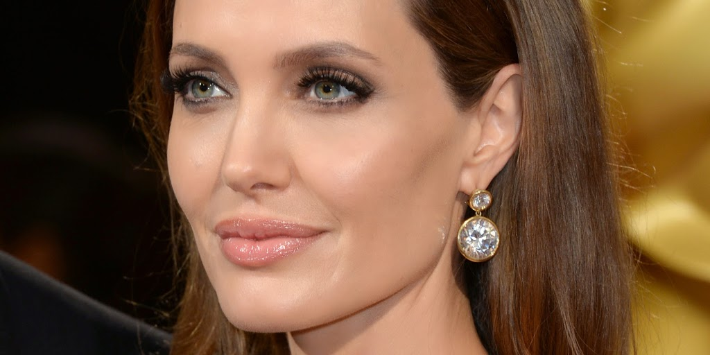 ANGELINA JOLIE: 'I WANT TO BE A PLUMBER'