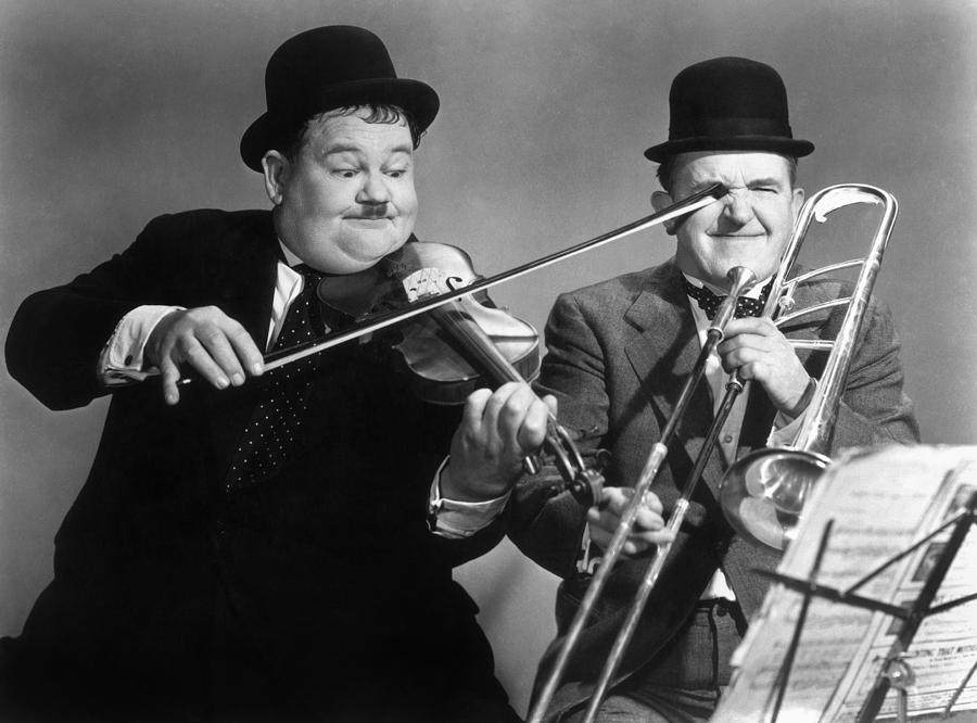 STEVE MARTIN IS LAUREL AND HARDY