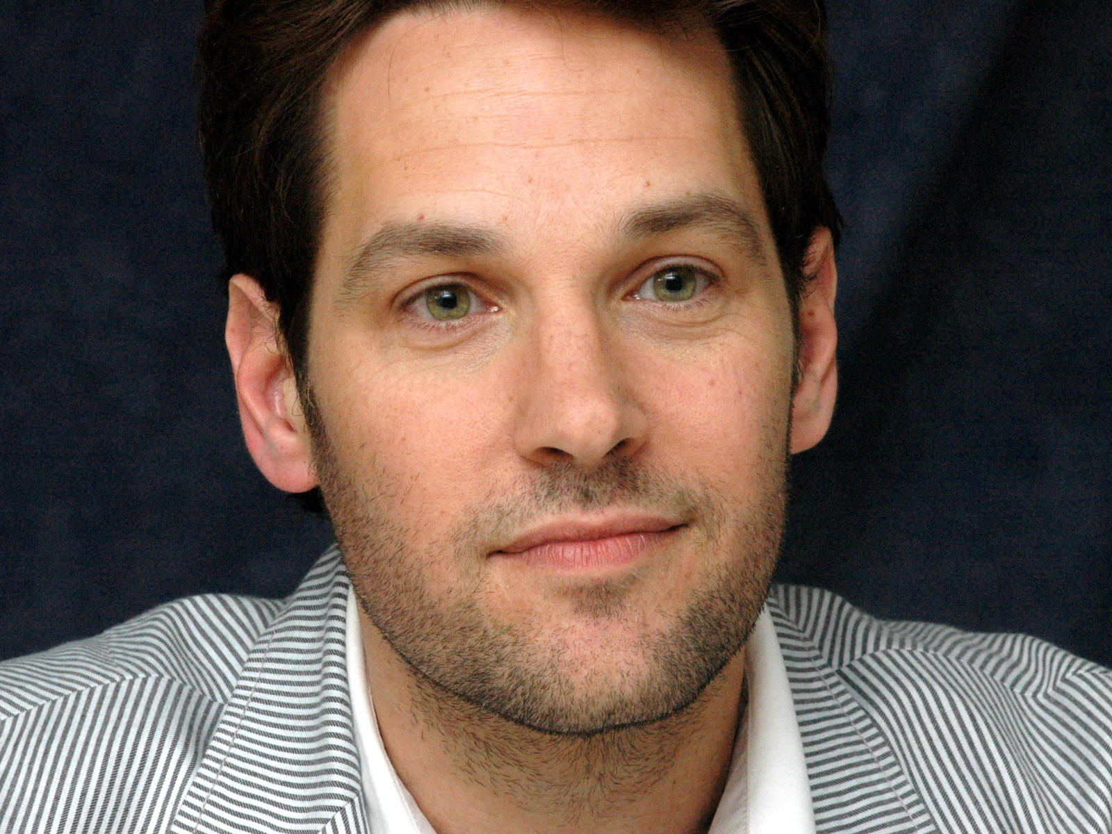PAUL RUDD: 'I WORSHIP SATAN'