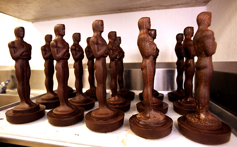 THE OSCARS WILL BE MADE OF CHOCOLATE THIS YEAR