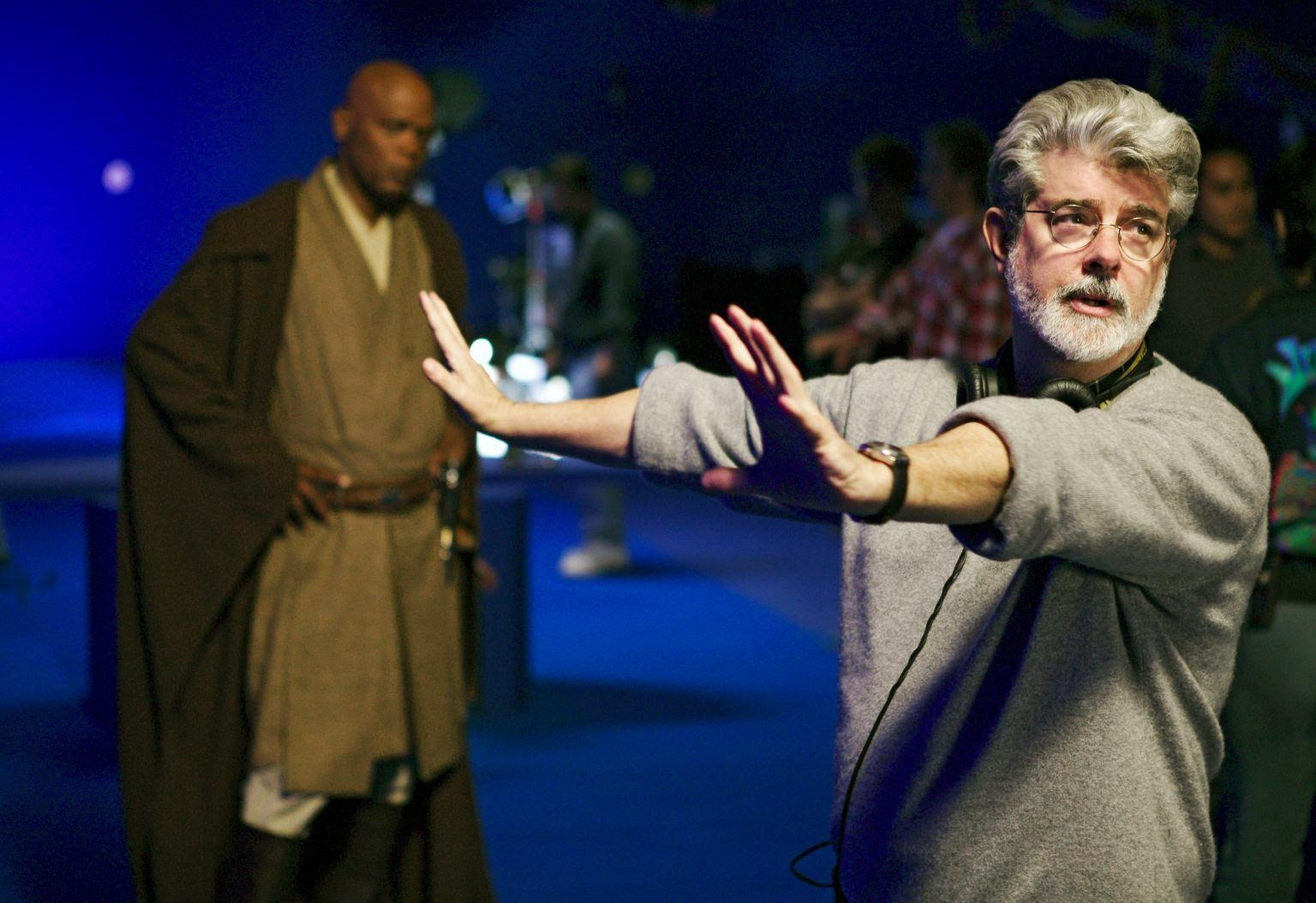 GEORGE LUCAS TO REMAKE PHANTOM MENACE