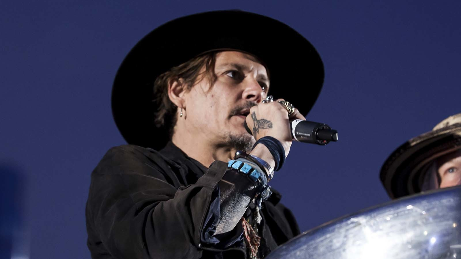 JOHNNY DEPP ARRESTED FOR ASSASSINATION PLOT