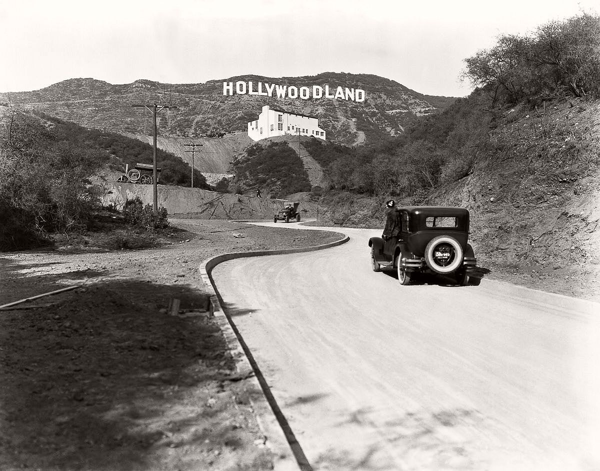 THE STUDIO EXEC HISTORY OF HOLLYWOOD: PART 1. HOW HOLLYWOOD GOT ITS NAME