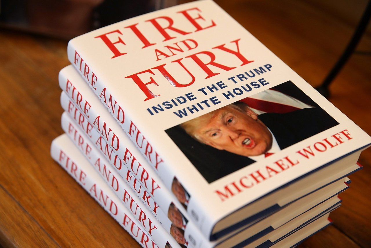 JUDD APATOW SECURES MOVIE RIGHTS TO FIRE AND FURY: INSIDE THE TRUMP WHITE HOUSE
