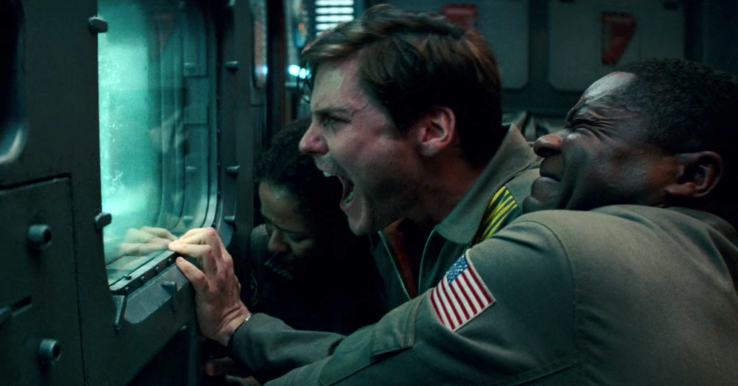 SURPRISE REVIEW – THE CLOVERFIELD PARADOX