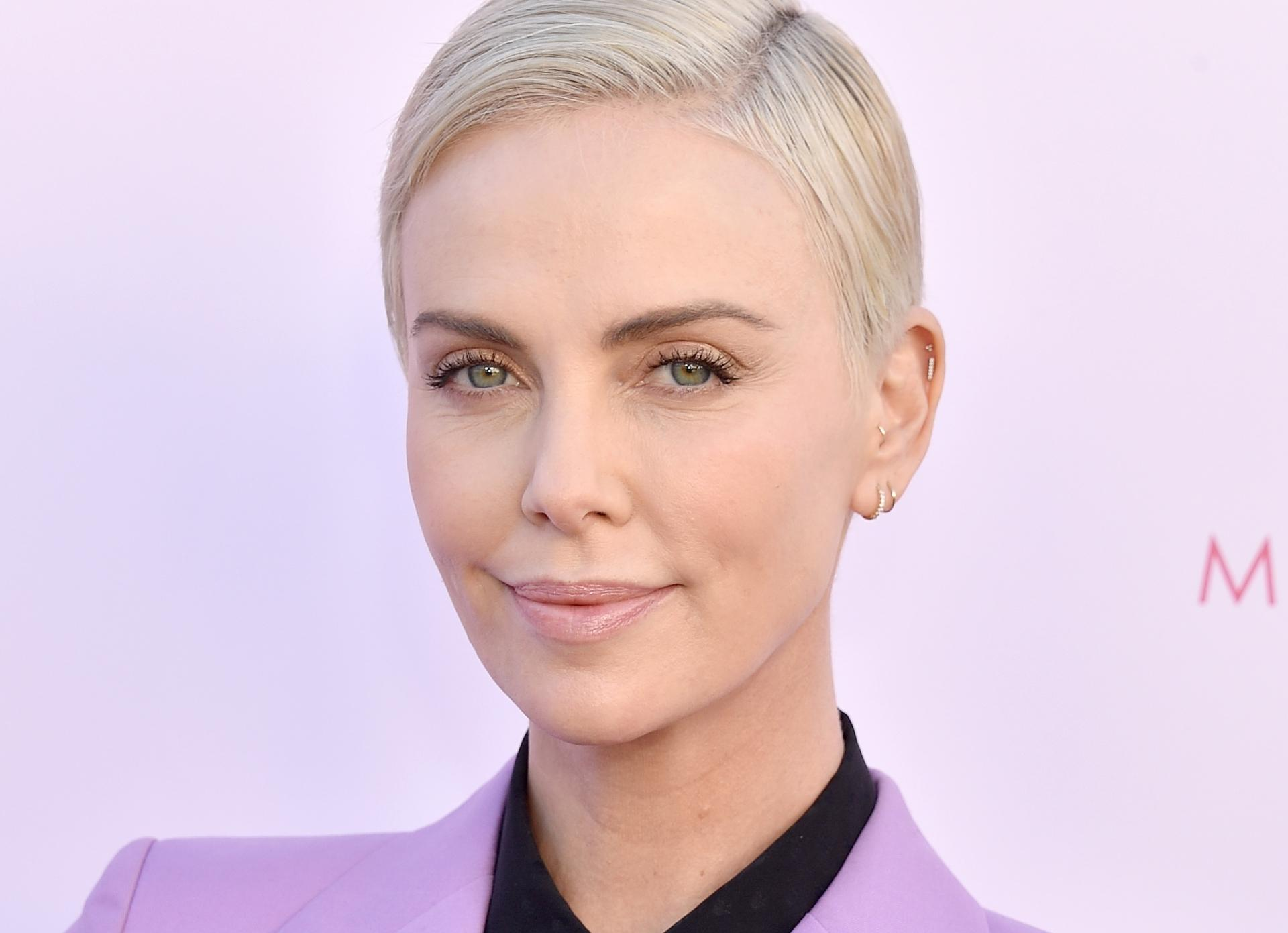 CHARLIZE THERON TO REMAKE GAME OF THRONES