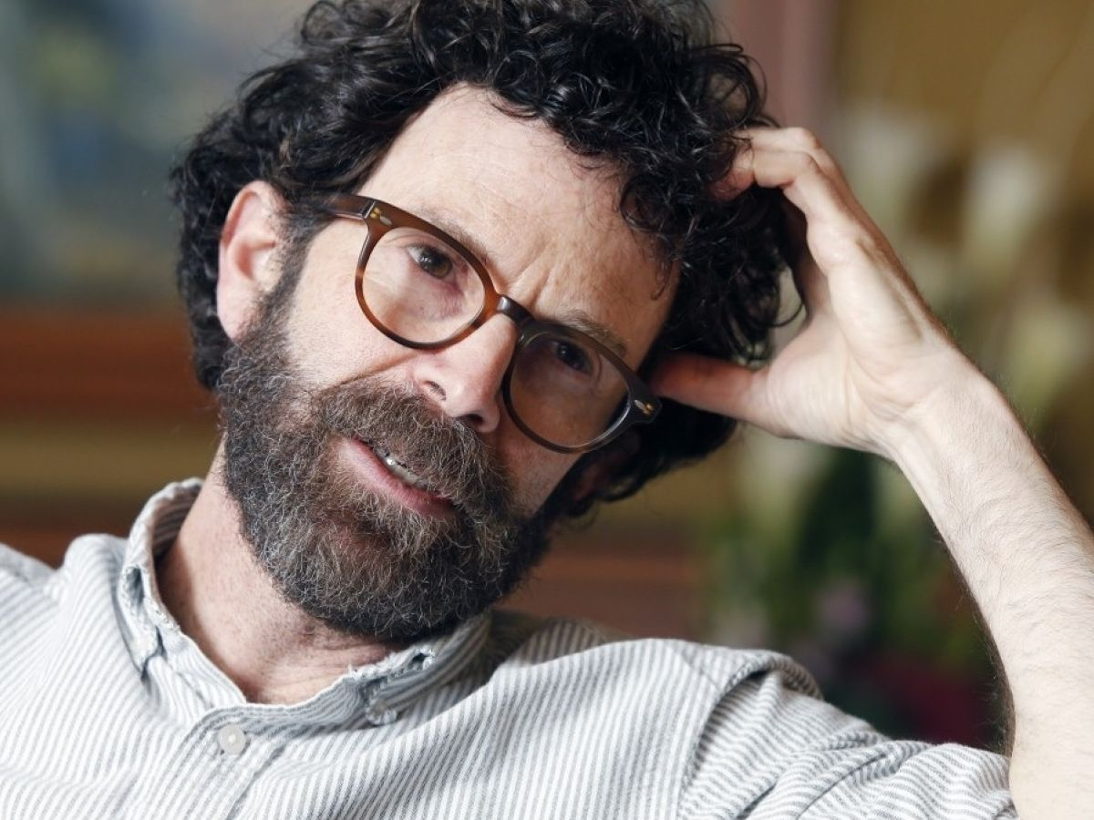 CHARLIE KAUFMAN HAS DISAPPEARED UP HIS OWN ASS